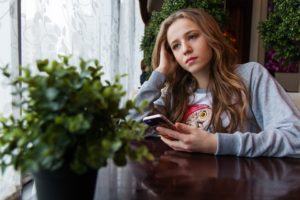 300 подростков Смоленской области трудоустроились на лето